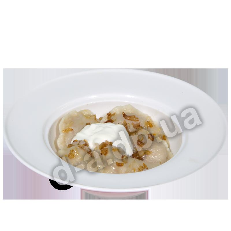 Вареники с картофелем  со сметаной